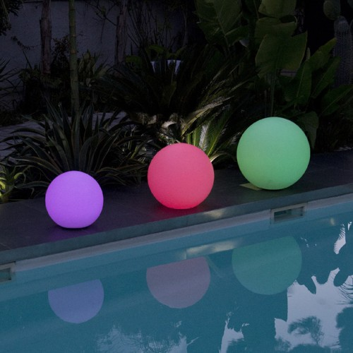 BOULE LUMINEUSE MULTICOLORE LED 50 CM